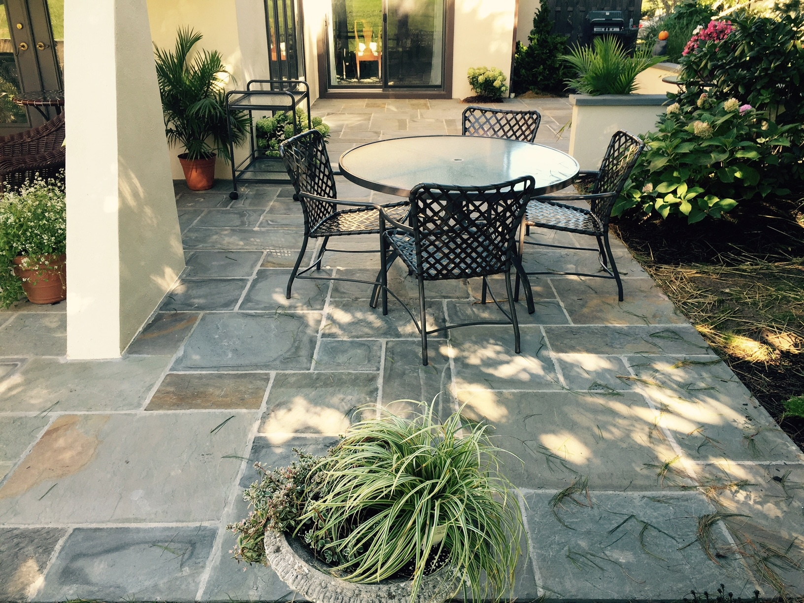 For Our Patios We Use Different Materials   Flagstone, Brick, Concrete,  Pavers, Unregular Flagstone And Natural Stone.